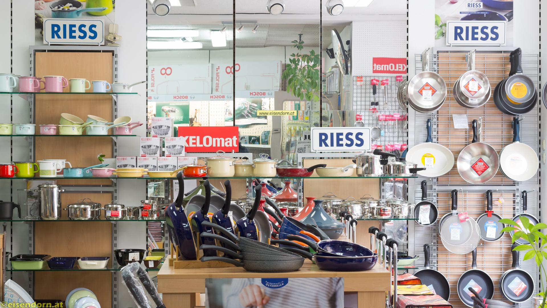 Riess Email Töpfe in Wien